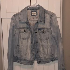 Very cute and stylish Jean jacket from forever 21
